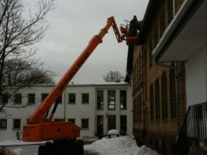 Reparaturarbeiten im Winter